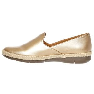 Baylee Flat By Comfortview® Metallic Gold 8WW NIB